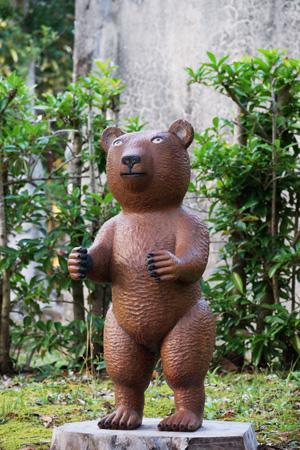 浜松市動物園 クマの像