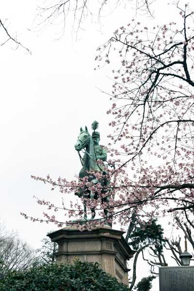 上野公園 小松宮彰仁親王像